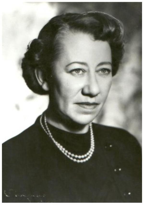 Flora ROBSON '30-40 (28 Mars 1902 - 7 Juillet 1984)