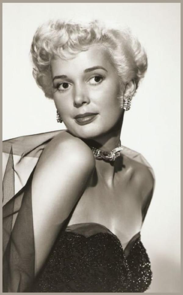 Beverly MICHAËLS '50 (28 Décembre 1928 - 9 Juin 2007)