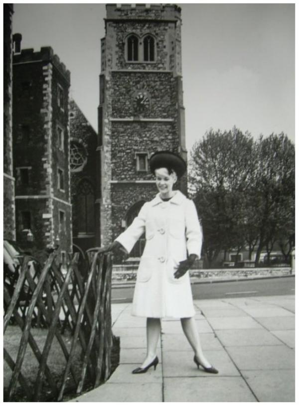 Dorothy PROVINE '50-60 (20 Janvier 1935 - 25 Avril 2010)