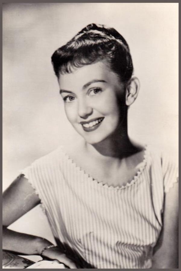 Janette SCOTT '50-60 (14 Décembre 1938)