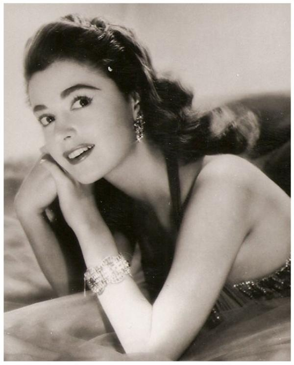Anna Maria ALBERGHETTI '50 (15 Mai 1936)