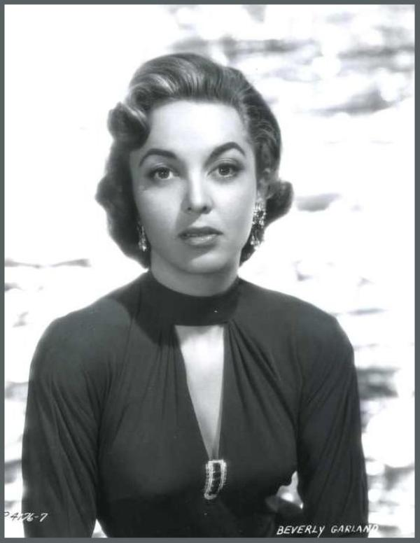 Beverly GARLAND '50-60 (17 Octobre 1926 - 5 Décembre 2008)