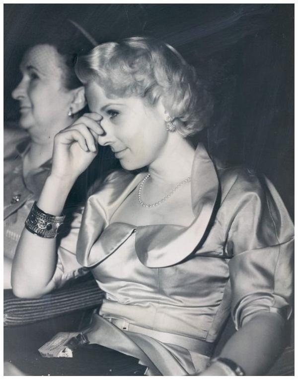 Carole MATHEWS '40-50 (13 Septembre 1920)