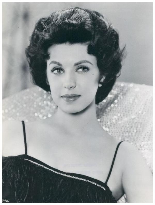 Carmen PHILLIPS '50-60 (10 Janvier 1937 - 22 Septembre 2002)