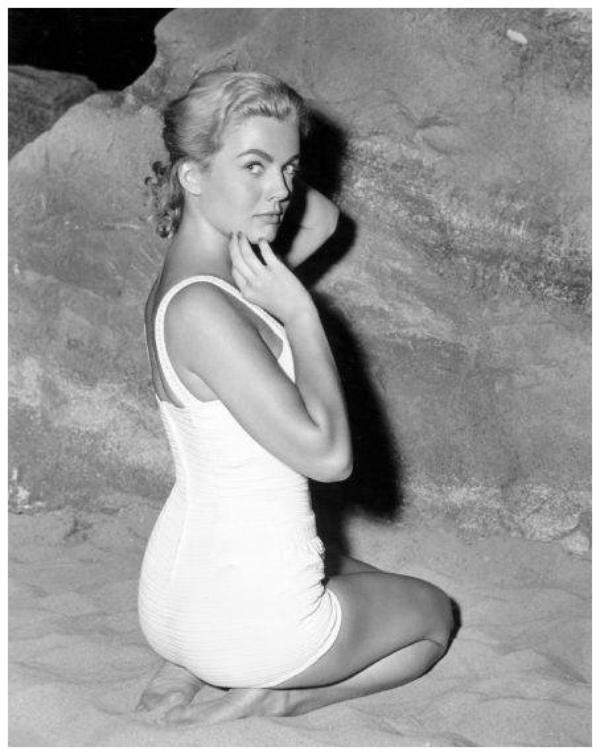 Joanna BARNES '50-60 (15 Novembre 1934)