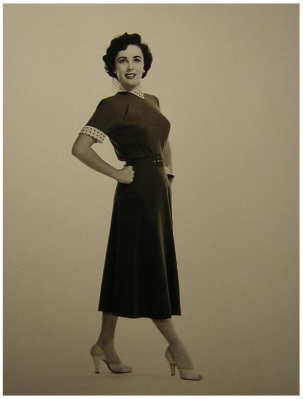8 NOUVELLES photos d'Elizabeth TAYLOR '40-50-60