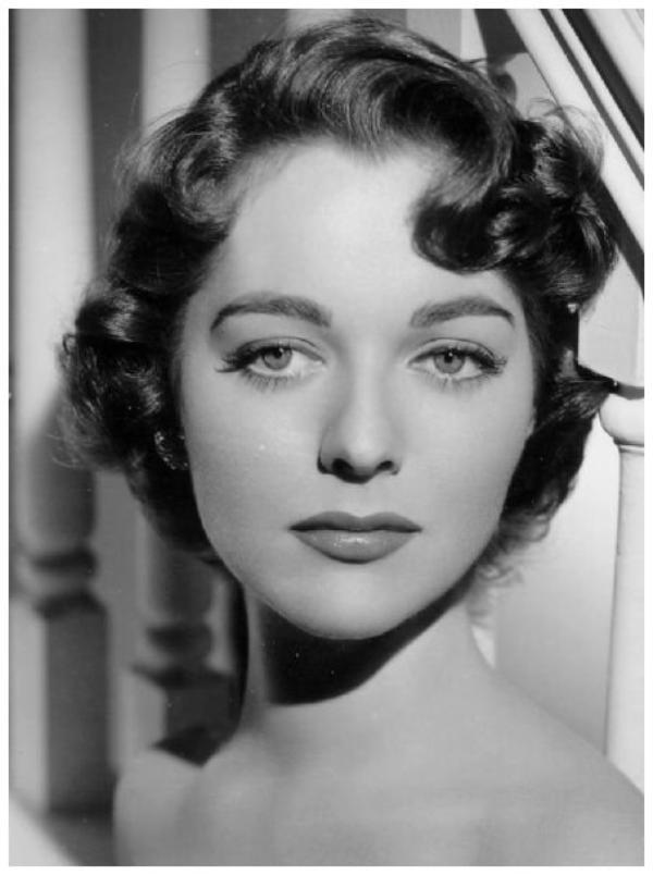 Joan WELDON '50 (5 Août 1933)