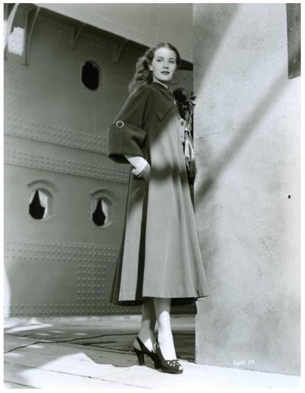 Loïs MAXWELL '40 (14 Février 1927 - 29 Septembre 2007)