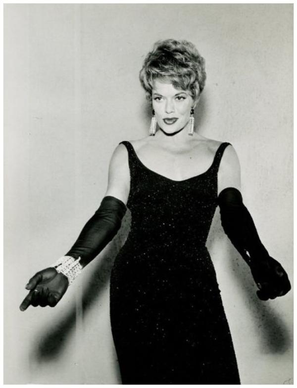 8 NOUVELLES photos de Janis PAIGE '40-50