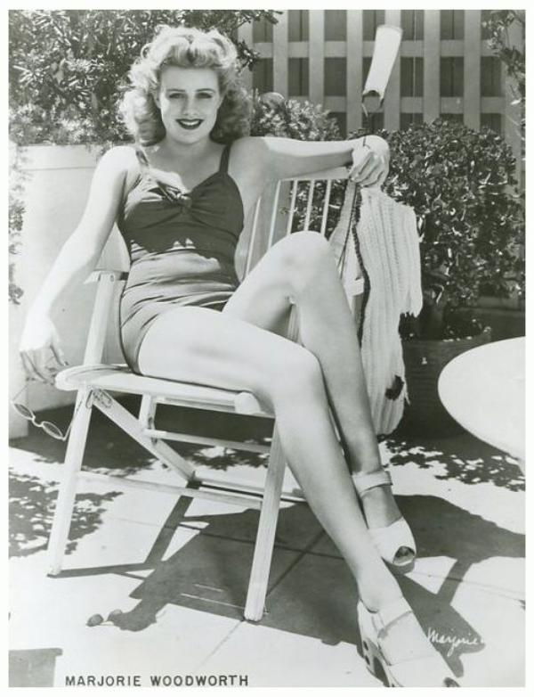 Marjorie WOODWORTH '40-50 (5 Juin 1919 - 23 Août 2000)