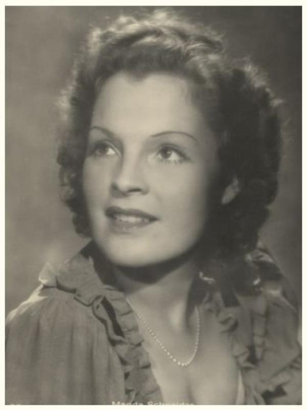 Magda SCHNEIDER '30-40 (17 Mai 1909 - 30 Juillet 1996)