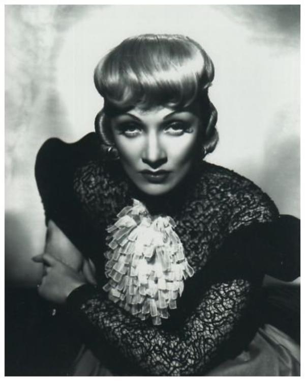 8 NOUVELLES photos de Marlene DIETRICH '30-40-50