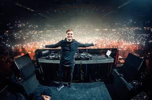 Martin Garrix annonce son alias de techno et se mit à collaborer avec Joris Voorn pour son prochain single