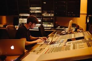 Martin Garrix révèle qu'il va publier un single avec Justin Bieber