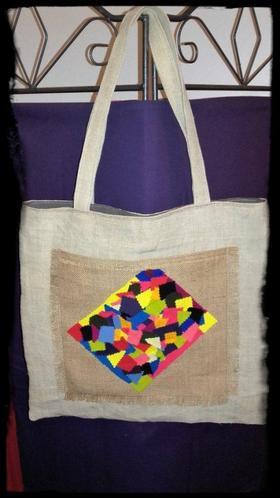 Le sac cabas en lin est le fourre-tout simple et pratique !