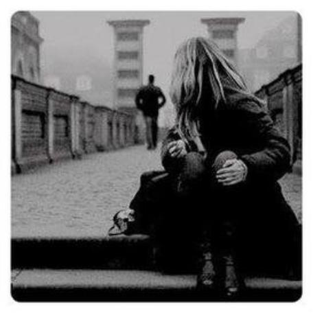 Je t'aime, je t'attendrais. Reviens, reviens-moi.