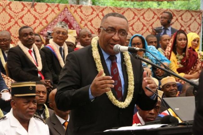 Azali, le président de l'action : la centrale thermique de Trénani inaugurée