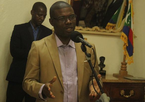 Le gouverneur Salami clarifie ses pensées sur Radio Kaz