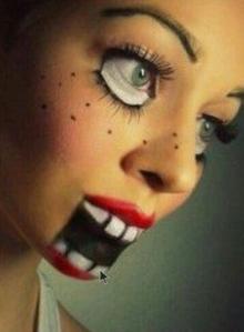 Maquillage de poupée