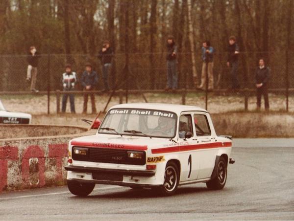 srt cormeilles * circuit de montlhery 1980 la vitesse la plus élevée en Rallye3 en bout de ligne droite presque 190kmh *