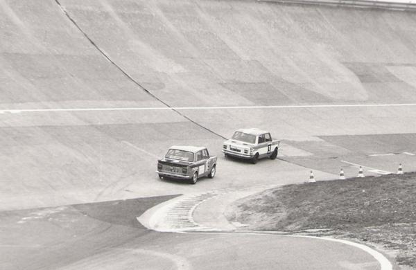 srt cormeilles * srt melun * Circuit de montlhery William Reiber 1977 (l'anneau) une des deux rallye2 des 24heures