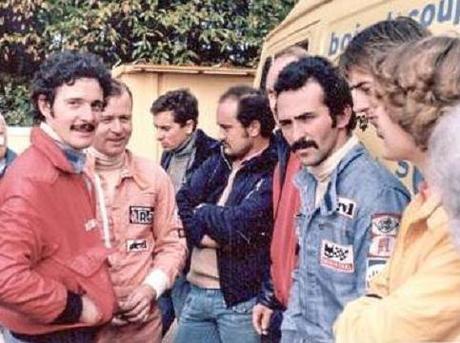 srt cormeilles * voila réunis * Gérard Le Tily * Philippe Durand * Jean Luc Delort * ainsi que Christian Xiberras et ( Philippe Streiff devenu pilote de F1)  tous les cinq anciens pilotes du Simca Racing Team qui ont couru aussi la coupe de l'avenir * AVENIRCUP *