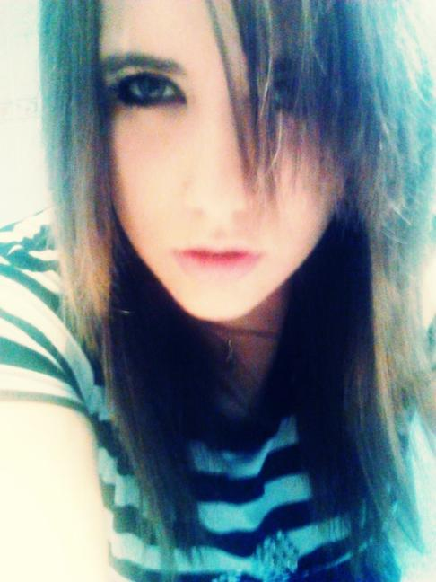 ~~~~~~~Xx Me WHat's up ?!xX~~~~~~~