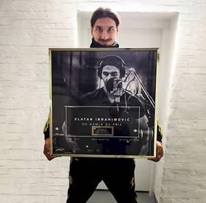 Zlatan Ibrahimovic décroche un disque d'or en Suède !