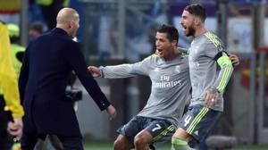 VIDEO - Cristiano Ronaldo s'agace quand on lui rappelle qu'il ne marque jamais à l'extérieur !