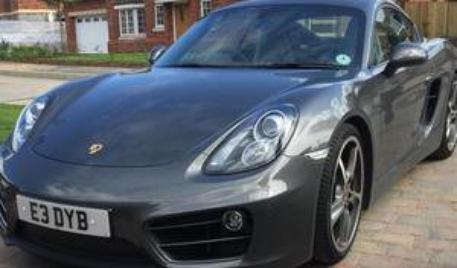 Un anglais vend sa Porsche en organisant une tombola !