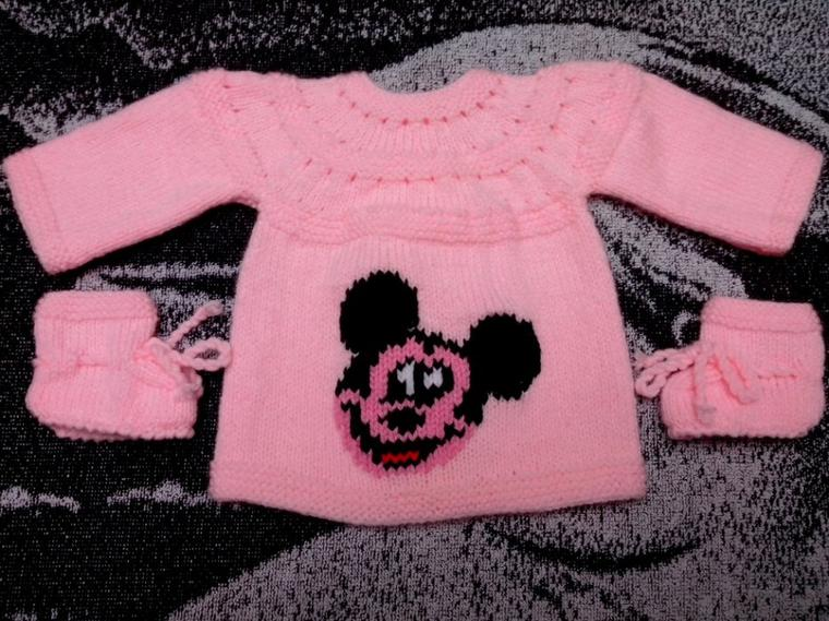Brassière Mickey + chaussons