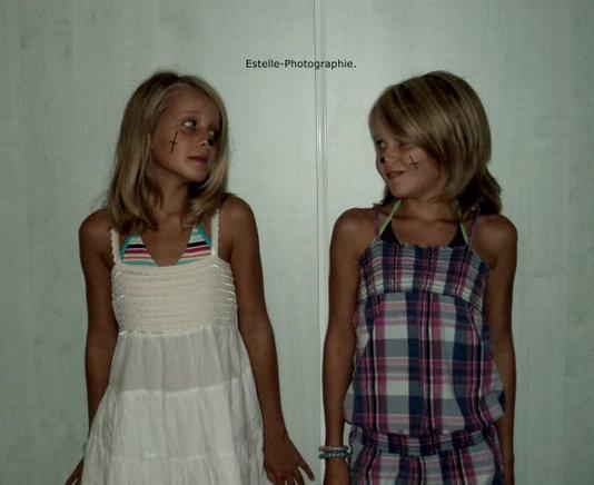 Shooting des deux jumelles Agathe & Louise.