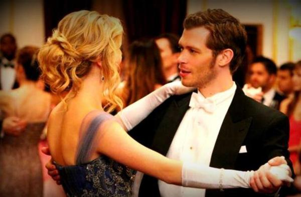 Vampire Diaries 4 : Caroline et Klaus en couple ?
