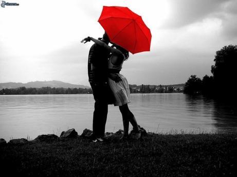 L'amour fais mal mais les gens n'ont pas l'air de le comprendre.. </3