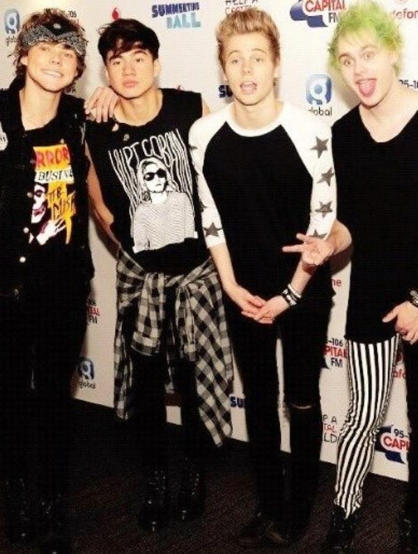 5 Seconds Of Summer Pictures