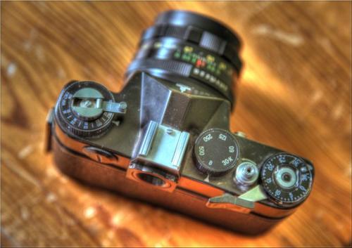 <== high dynamic range HDR (prise avec le canon eos 5D mk2) ==>