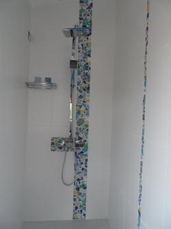 salle de douche en mosaïque