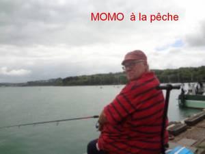 MOMO A LA PECHE