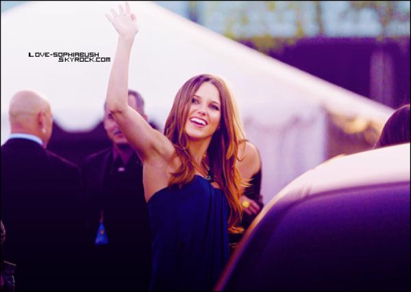 """♥ 14.08.2011 : Notre sublime Sophia était à l'évènement """"Do Something Awards"""" ! Elle est splendide :) TOP/FLOP ?♥"""