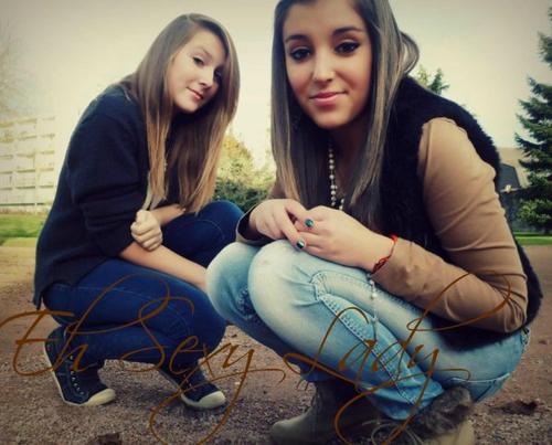 Les amis sont les anges qui nous soulèvent quand nos ailes n'arrivent plus à se rappeler comment voler.♥♥.