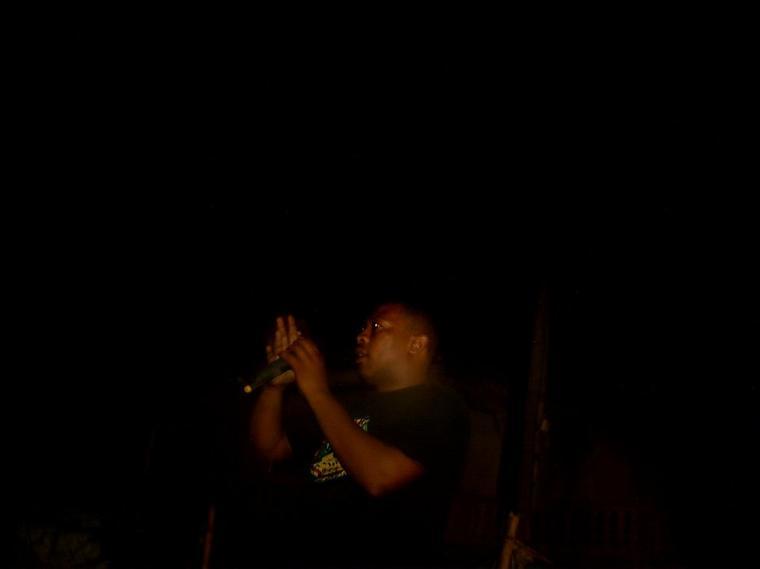 angelo concert samedi 7 janvier 2012 a tsoundzou.