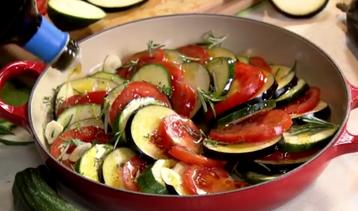 Tian aux légumes provençaux.