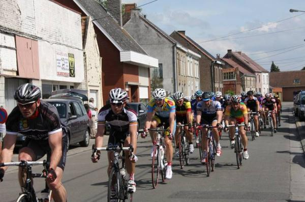 Hensies 19/05/2012. Sprint massif...