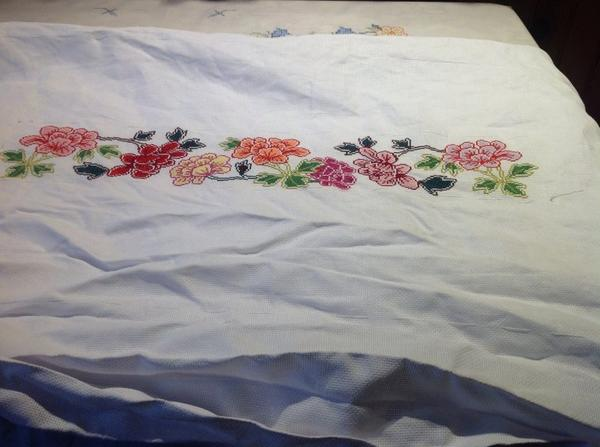 Broderie pour nappe