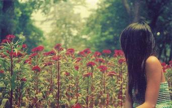 """""""Le soleil ne s'arrête jamais de briller tout comme mon coeur ne s'arrête de battre."""""""
