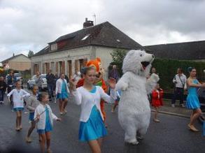 défilé de Campneuseville 17 aout 2014