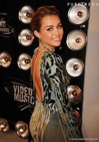 Miley aux MTV awards 2011