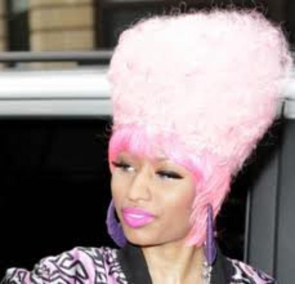 Mes pourquoi toutes ces perruques NICKI   !!!!!!!!!