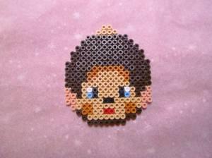 Boule de noël KIKI le petit singe  en perle hama