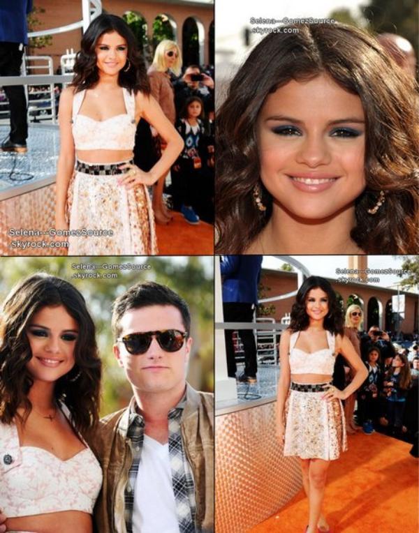 Selena était présente aux Kids Choice Awards 2012